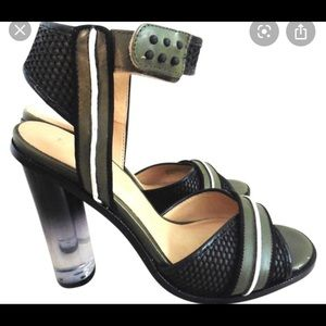 L.A.M.B Carter Pumps Green/ Black